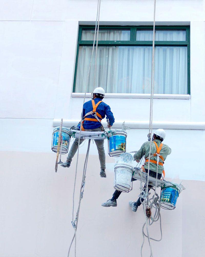 Trabajos verticales Sevilla. Pintura fachadas
